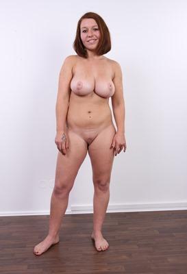 busty-veronika-posing-naked