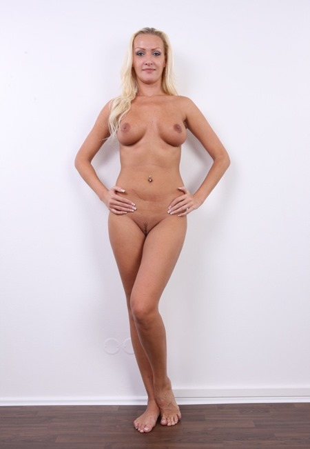 sexy-czech-blonde-exposed