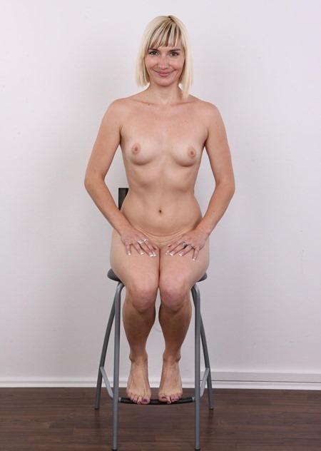 hot-blonde