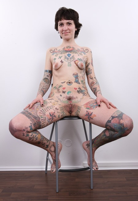 czech-casting-brunette-covered-in-tattoos